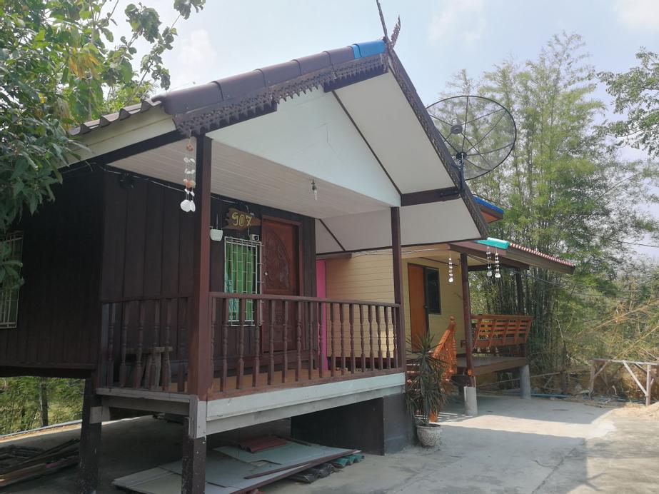 Bung Lung Resort, Phatthana Nikhom