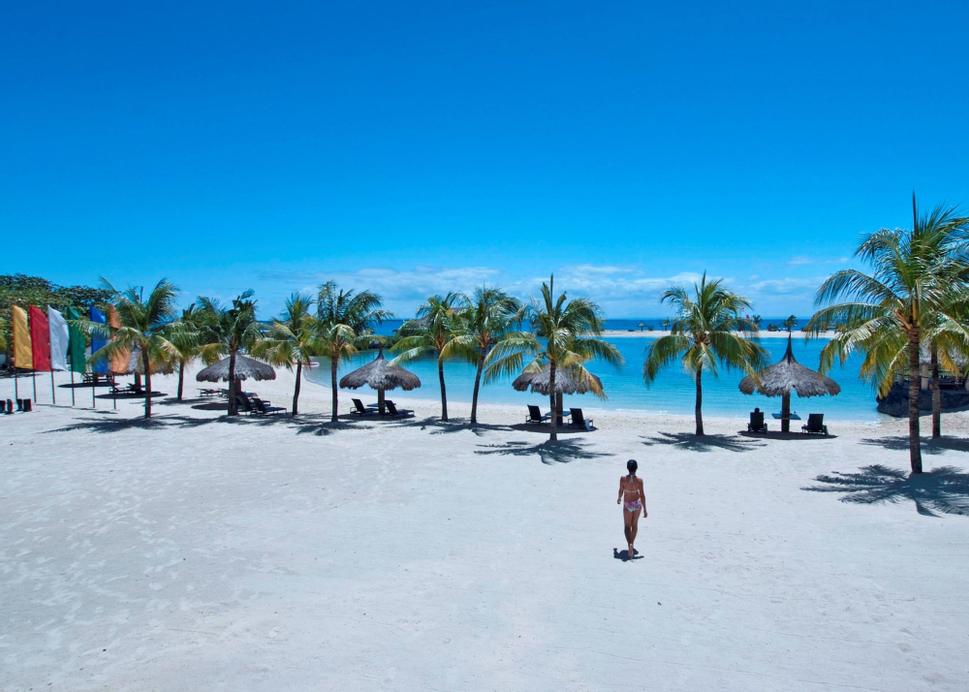 Bluewater Maribago Beach Resort, Lapu-Lapu City