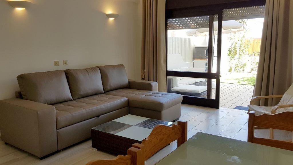 Magnific Studio with a cozy garden, Albufeira