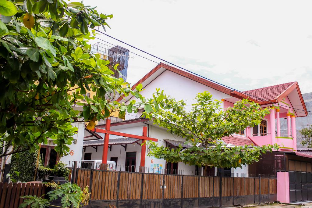 Vanya Guest House Medan, Medan