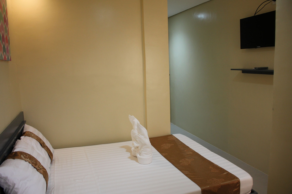 Rusville Hotel & Residences, Naga City