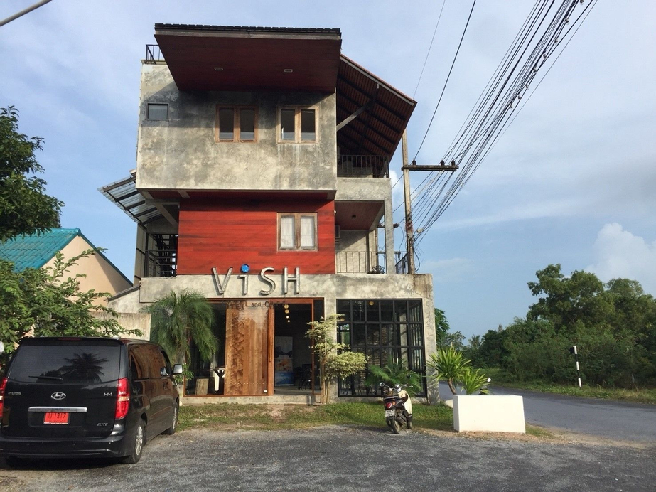 Vish Hotel and Cafe, Khanom