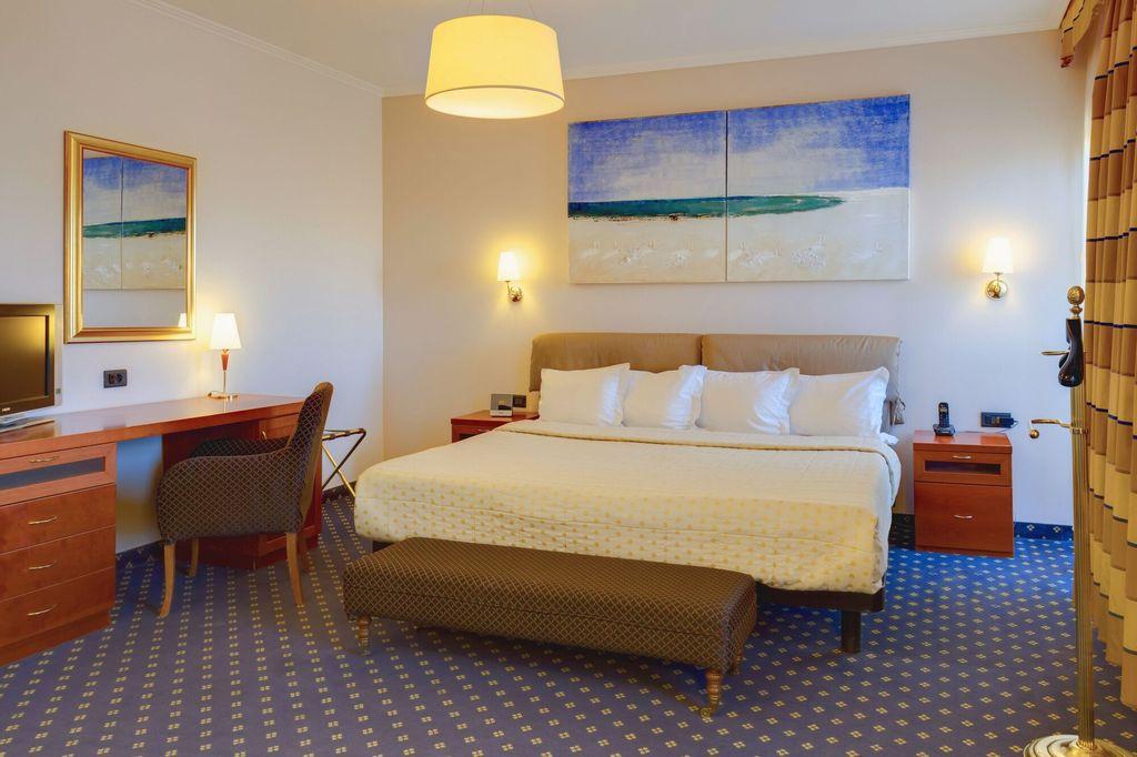Best Western Plus Congress Hotel,