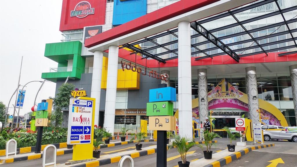 Exquisite Bassura City Apartment near Shopping Mall, Jakarta Timur