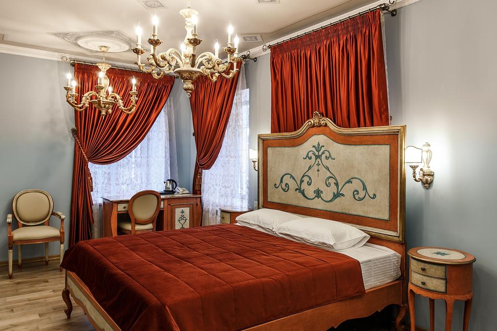 Art-hotel Alexandrovskiy, Kostroma