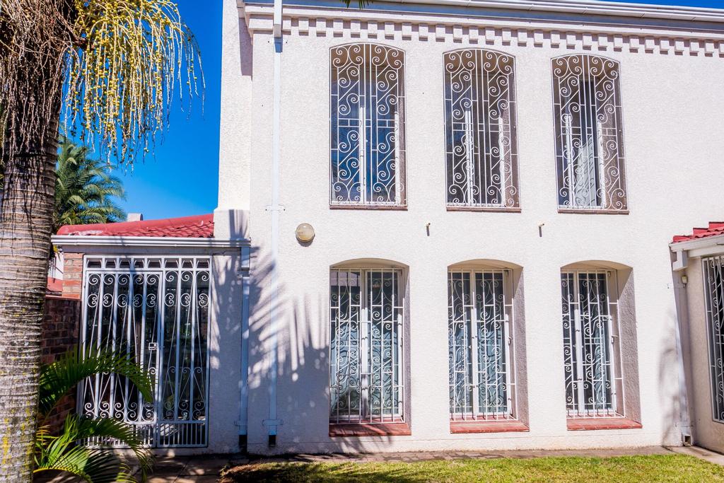 6 Victoria, Harare