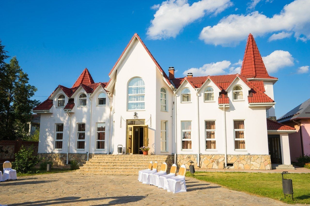Monetniy guest house, Berezovskiy gorsovet