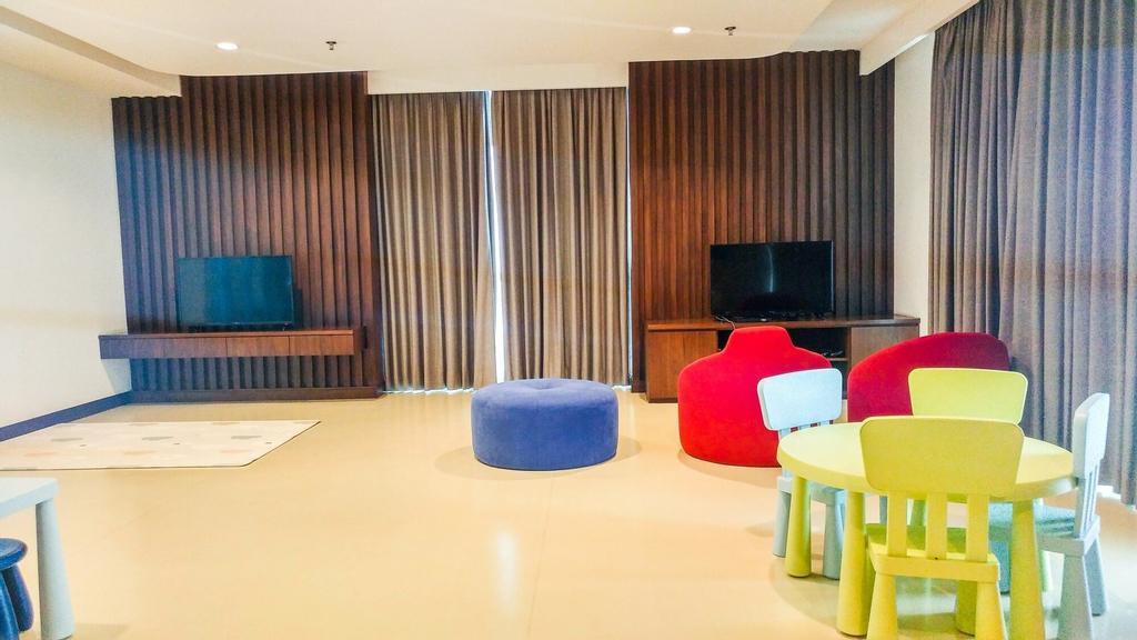 Elegant 2BR Apartment Veranda Residence @ Puri, Jakarta Barat