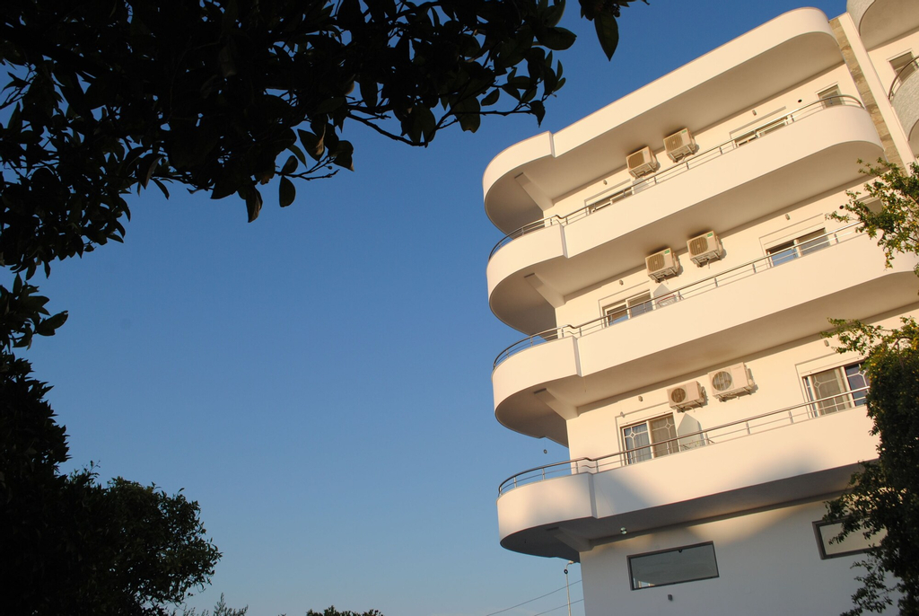 Visi Apartments, Sarandës