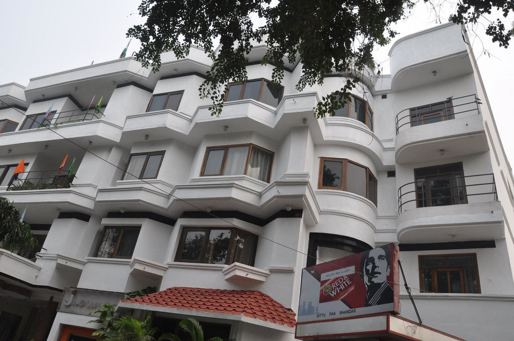 Hotel Jewel, Karnal