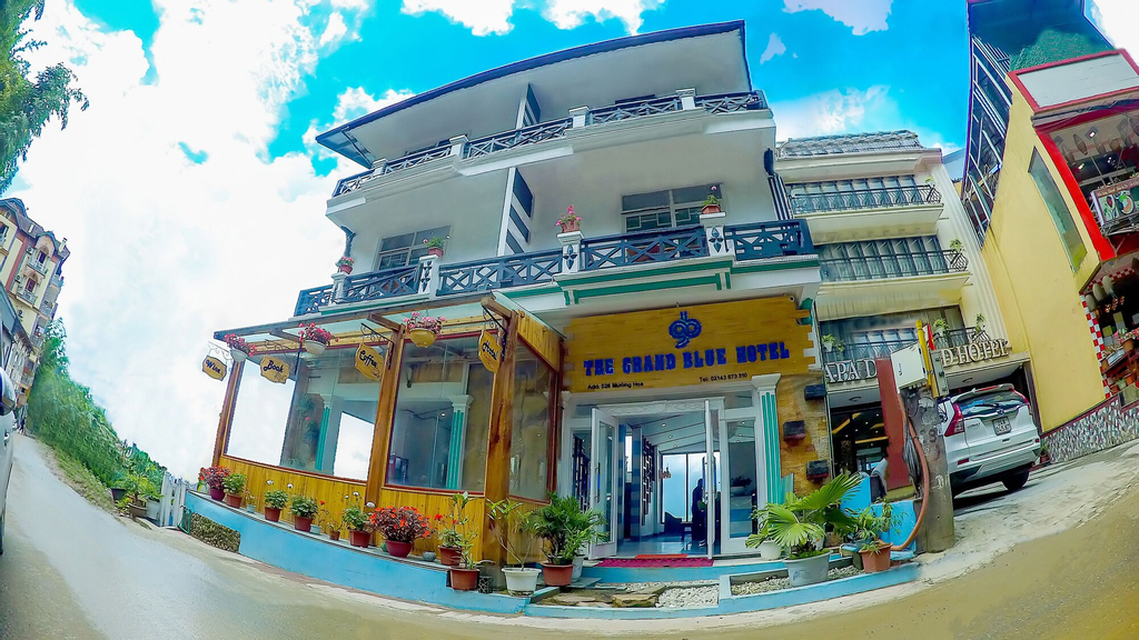 The Grand Blue Hotel, Sa Pa