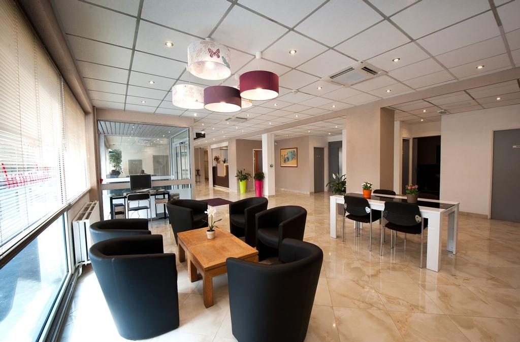 Hotel Milton (ex Gis Hotel), Seine-Saint-Denis