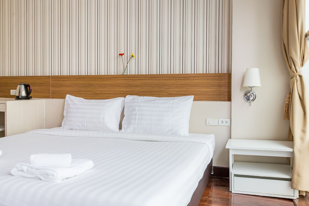 Snooze Hotel Thonglor Bangkok, Wattana