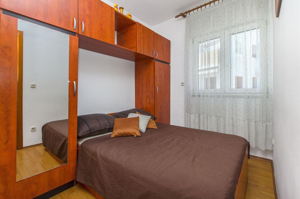 Apartment and Room Štefanija, Vodice