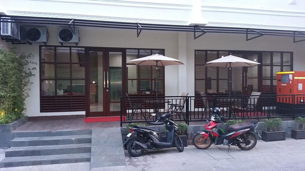 Legenda Beril Hostel, Makassar