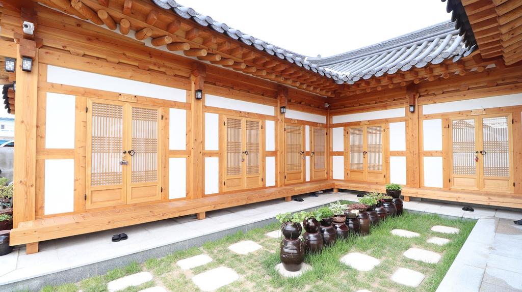 Nadul Hanok, Gyeongju
