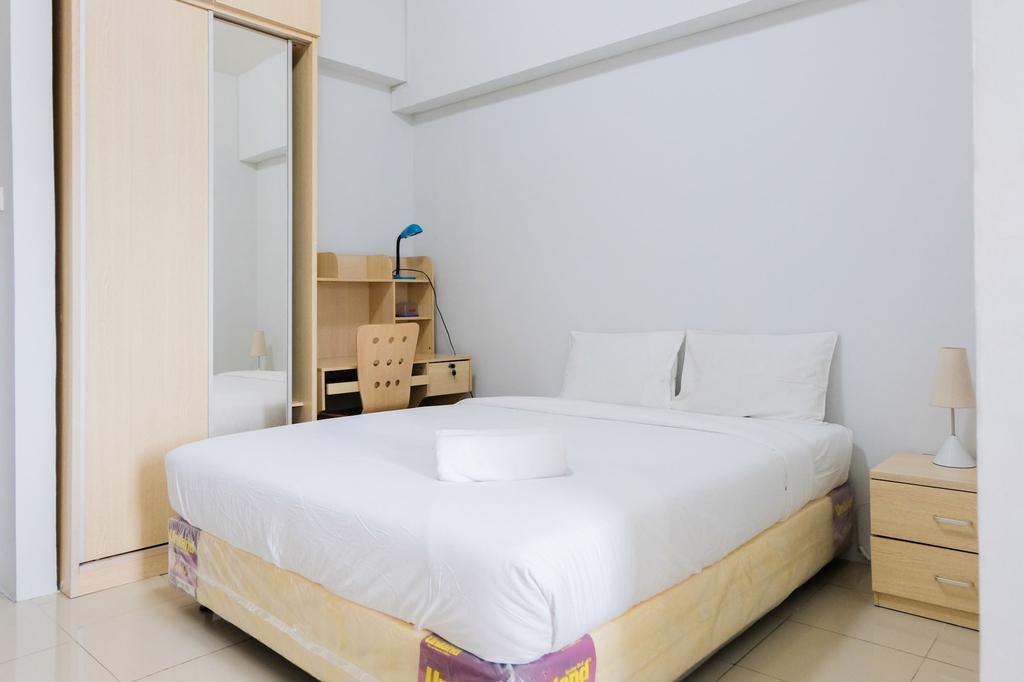 Simply and Comfy Studio Room at The Habitat Apartment, Tangerang