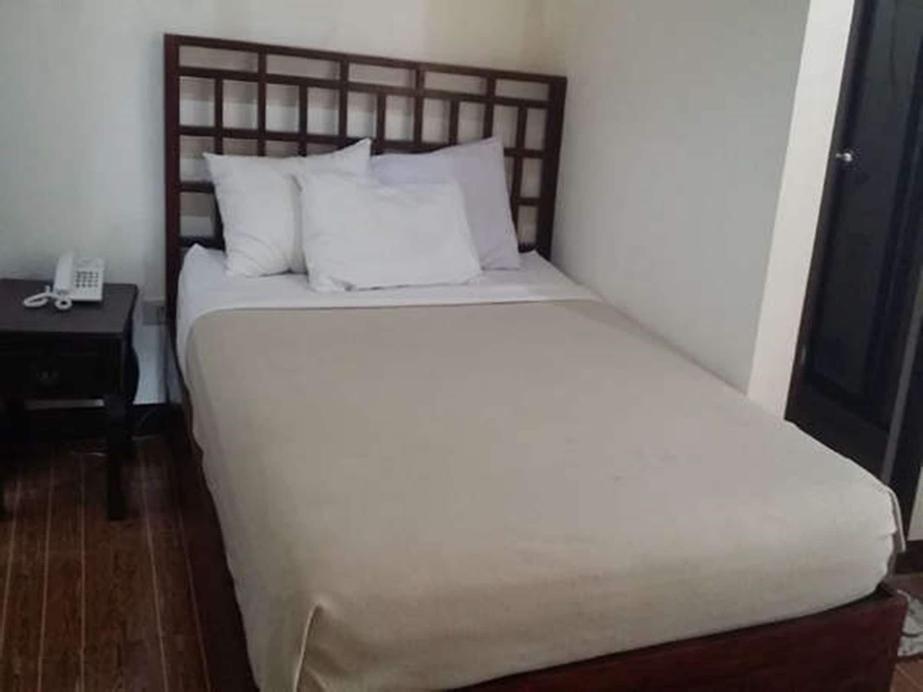 The Hotel Amancio Santiago City, Santiago City