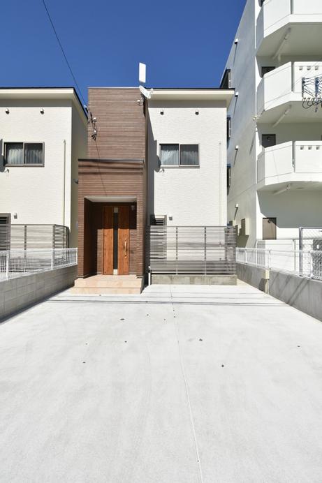 Suminchu House Rycom 3, Kitanakagusuku