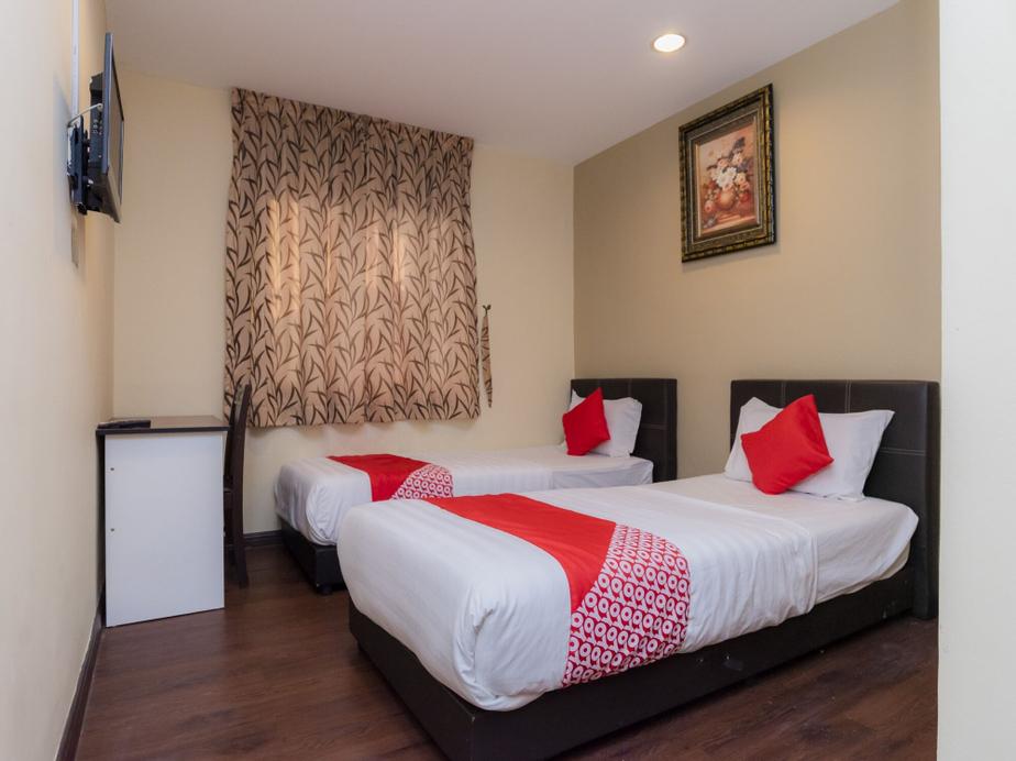 OYO 44026 98 Hotel, Johor Bahru