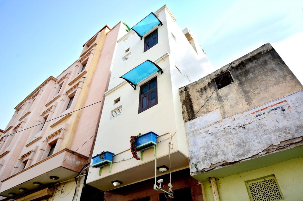 OYO 8361 Leela Residency, Karnal