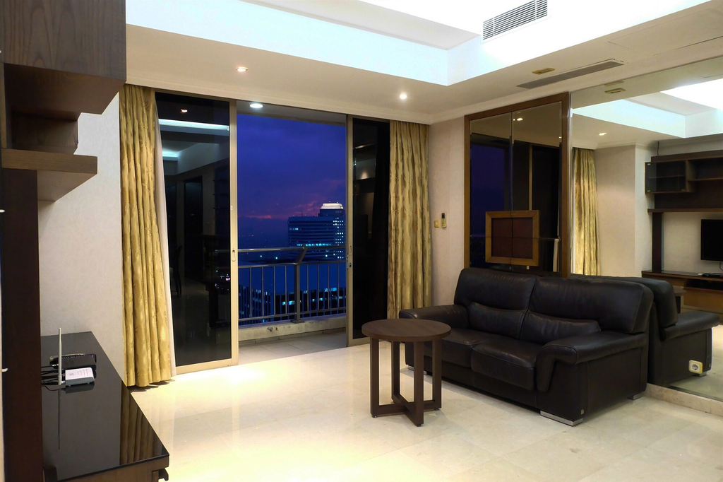 3 Bedrooms Luxury Sudirman Mansion Apartment by Travelio, Jakarta Selatan