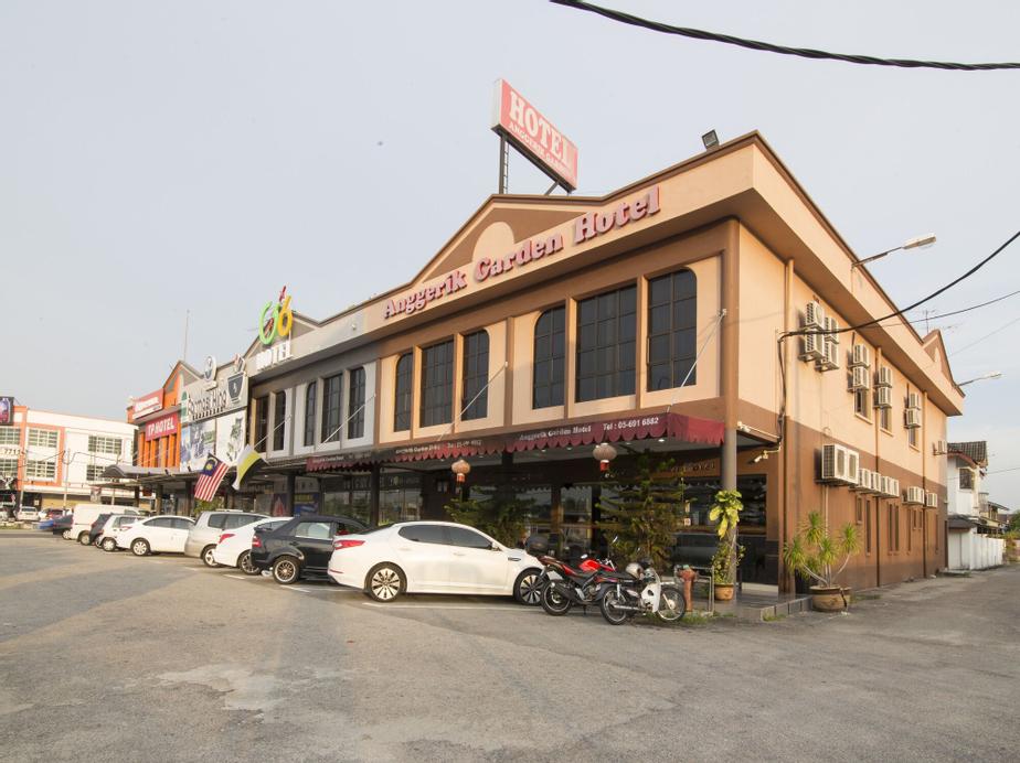 OYO 44089 Anggerik Garden Hotel, Manjung