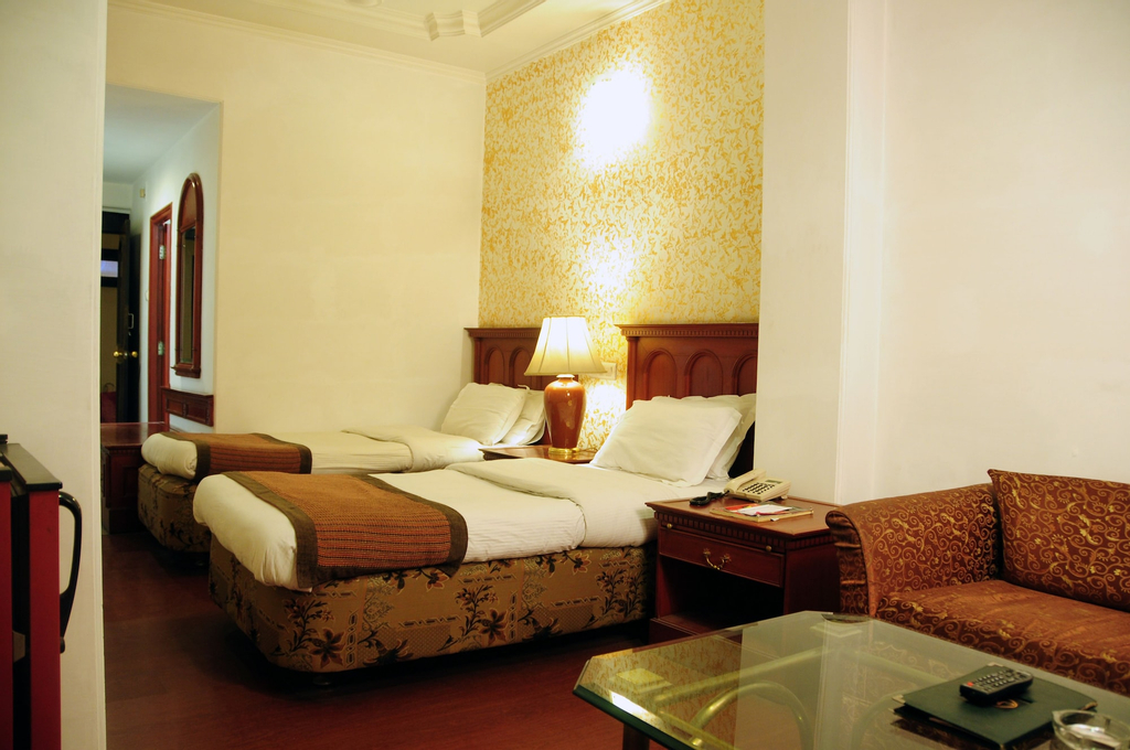 Mohan Hotel, Lucknow
