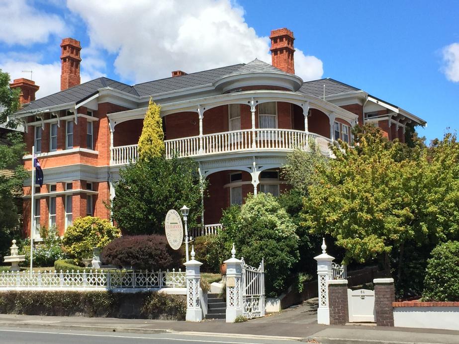 Kilmarnock House, Launceston - Pt B
