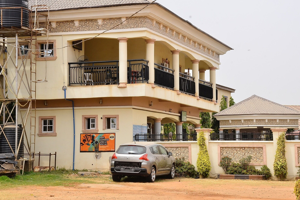 Prestige Hotel Limited, Kaduna South