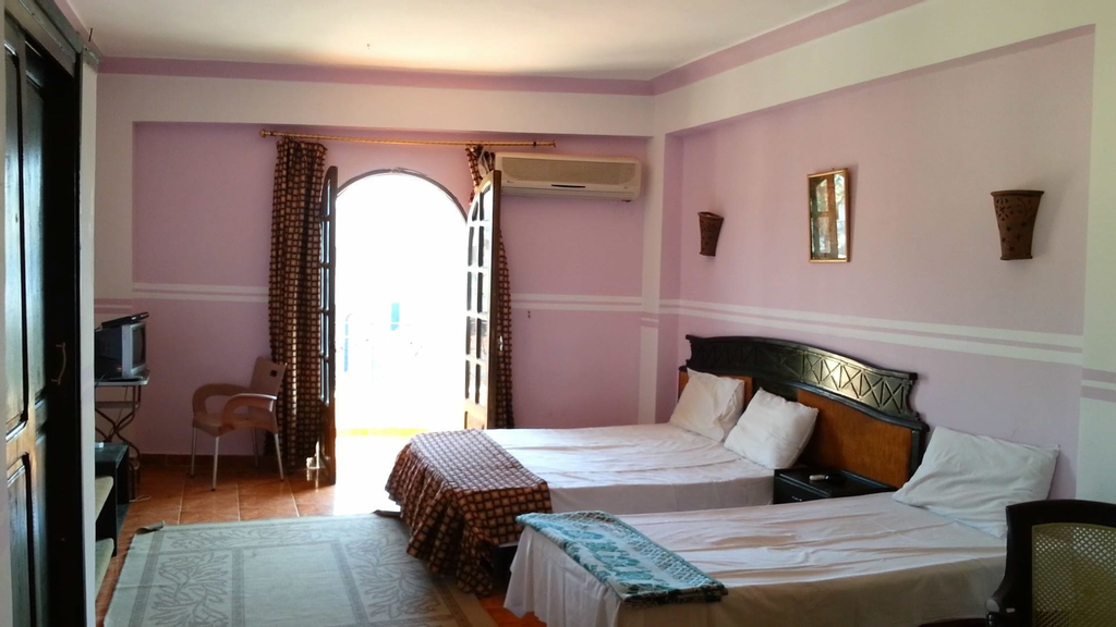 Sea Horse Hotel, Sant Katrin