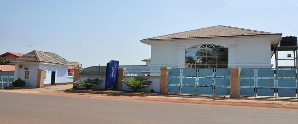 Hotel Monte Carlo, Enugu North