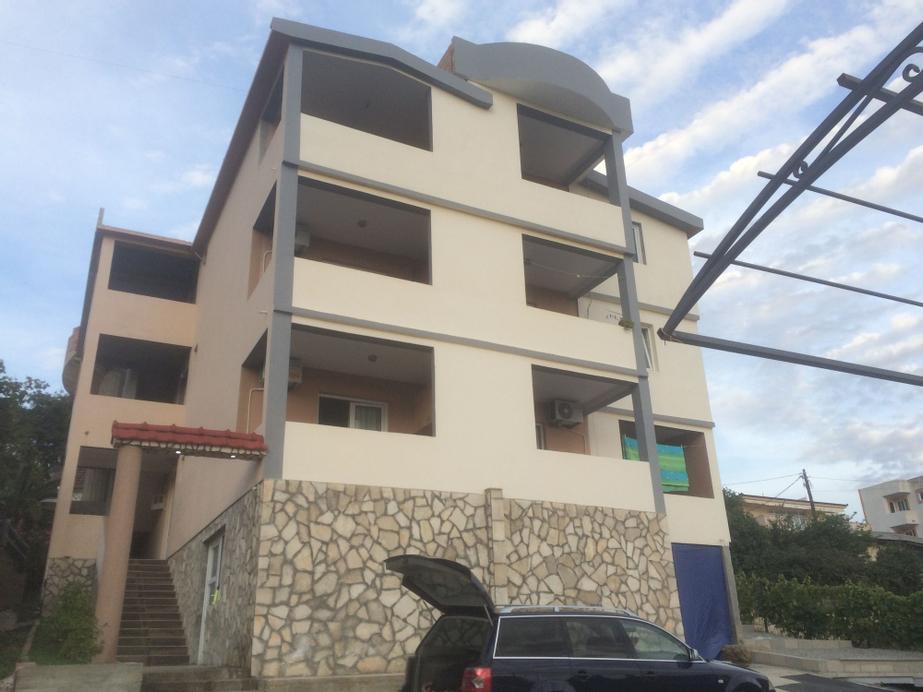 Apartments Muki,