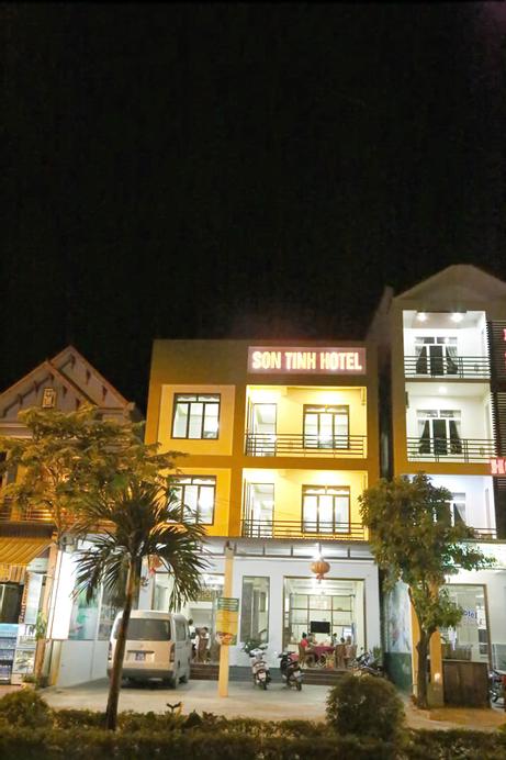 Son Tinh Hotel, Bố Trạch