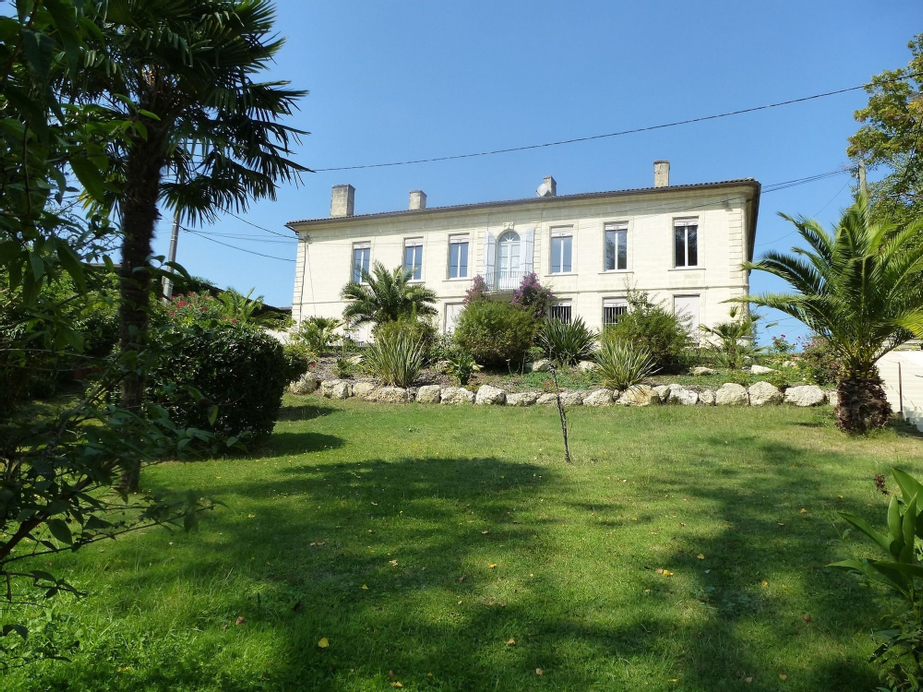 Mansion With 7 Bedrooms in Caudrot, With Enclosed Garden and Wifi - 90, Gironde