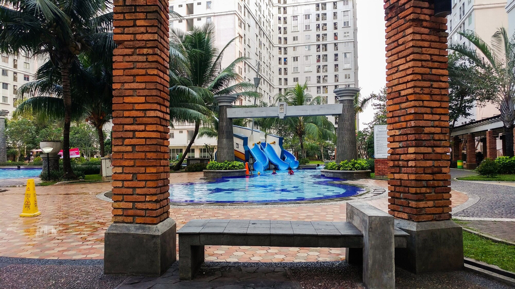 Simply Warm 2BR Green Palace Apartment, Jakarta Selatan