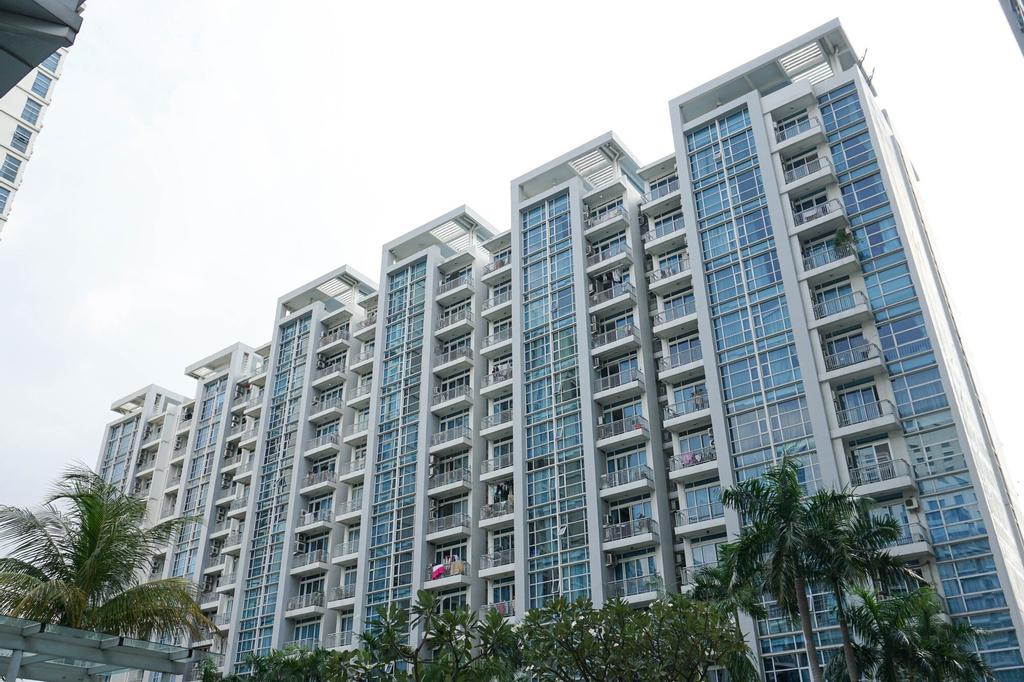 Spacious 2BR CBD Pluit Apartment near Emporium Pluit Mall, North Jakarta
