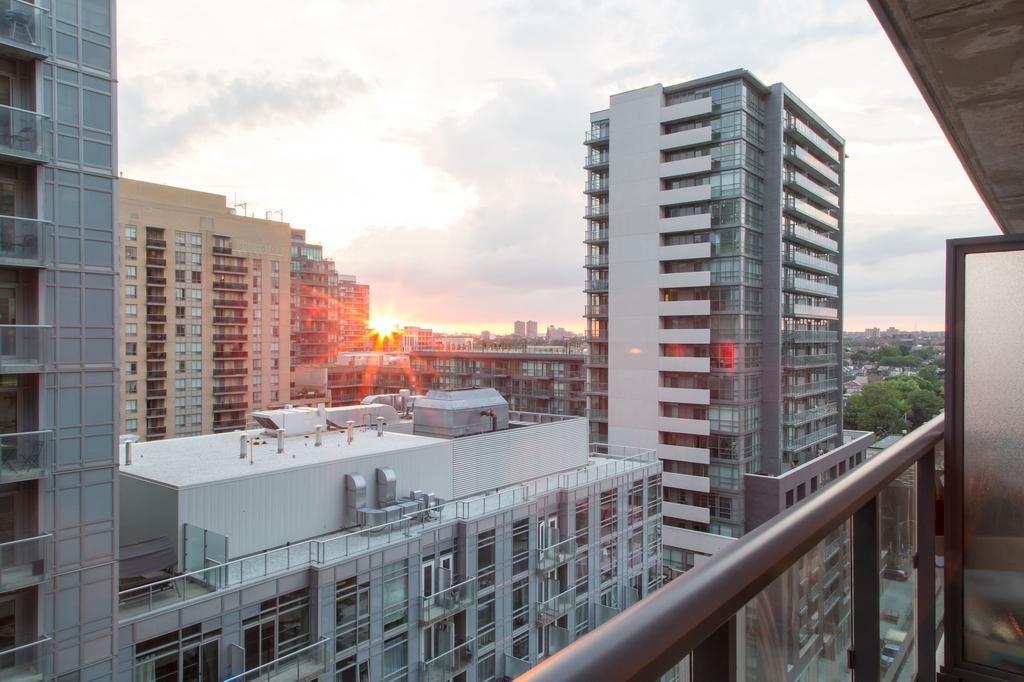Toronto Queen Suites, Toronto