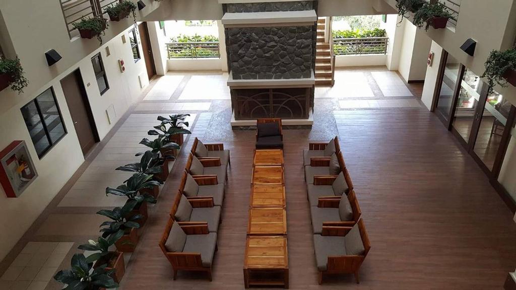 N602 Outlook Ridge Residences, Baguio City