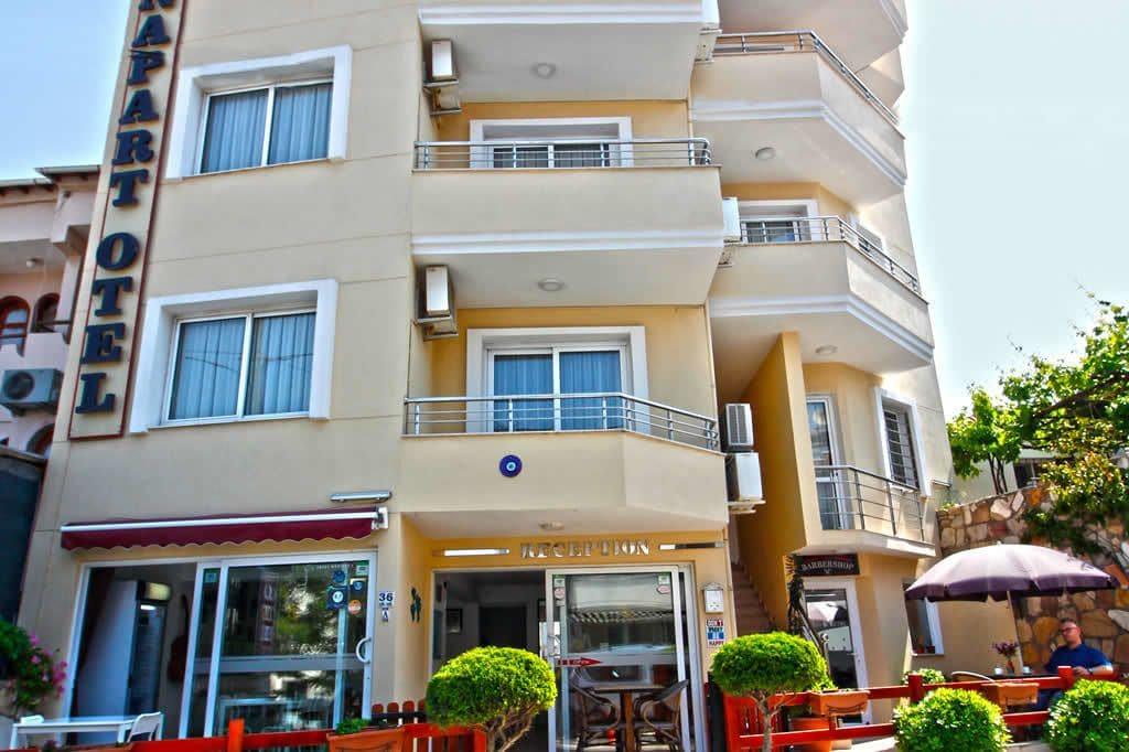 Bonapart Hotel, Çeşme