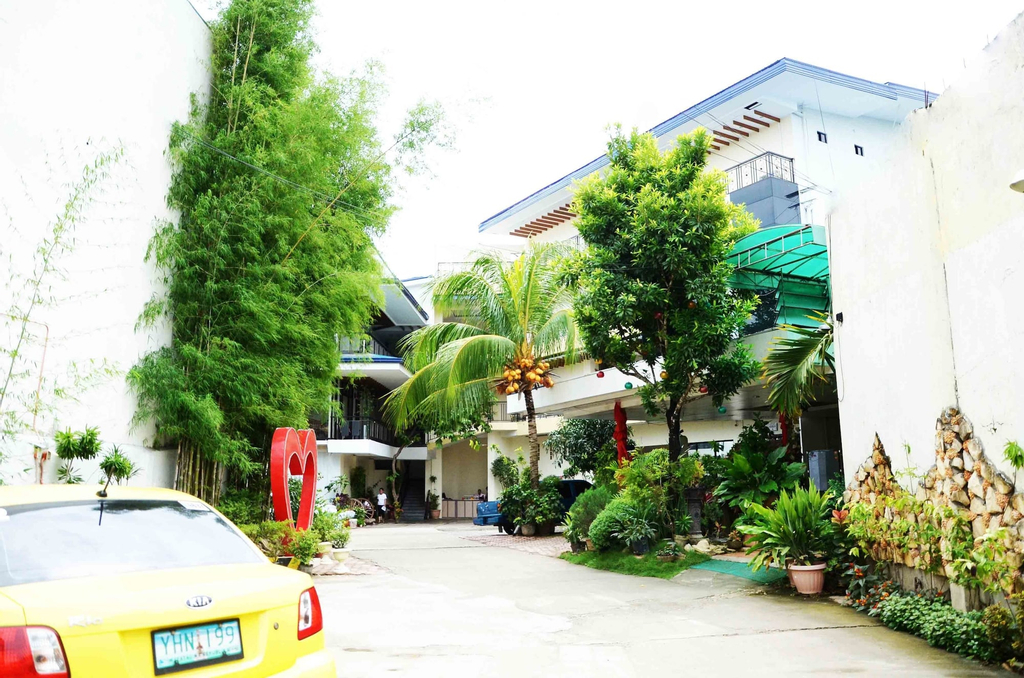 Reyna's The Haven and Gardens, Tagbilaran City