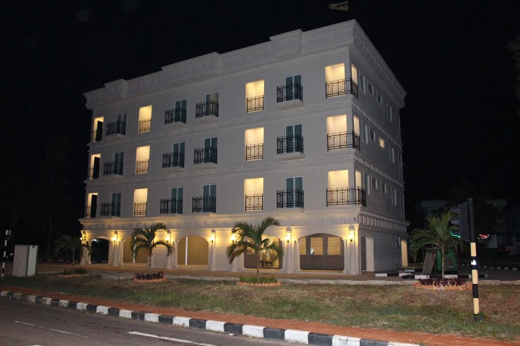Venice Lodge Hotel, Gadong