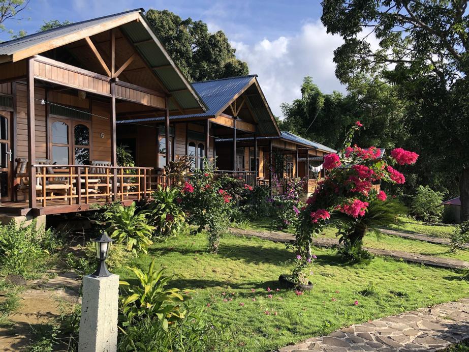 MC Bunaken Padi Dive Resort, Minahasa Utara