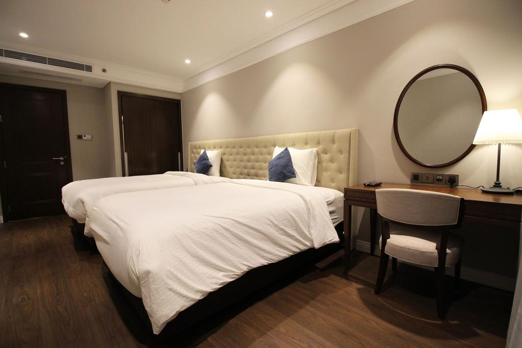 Luxury Neo-classic Condo, Sơn Trà