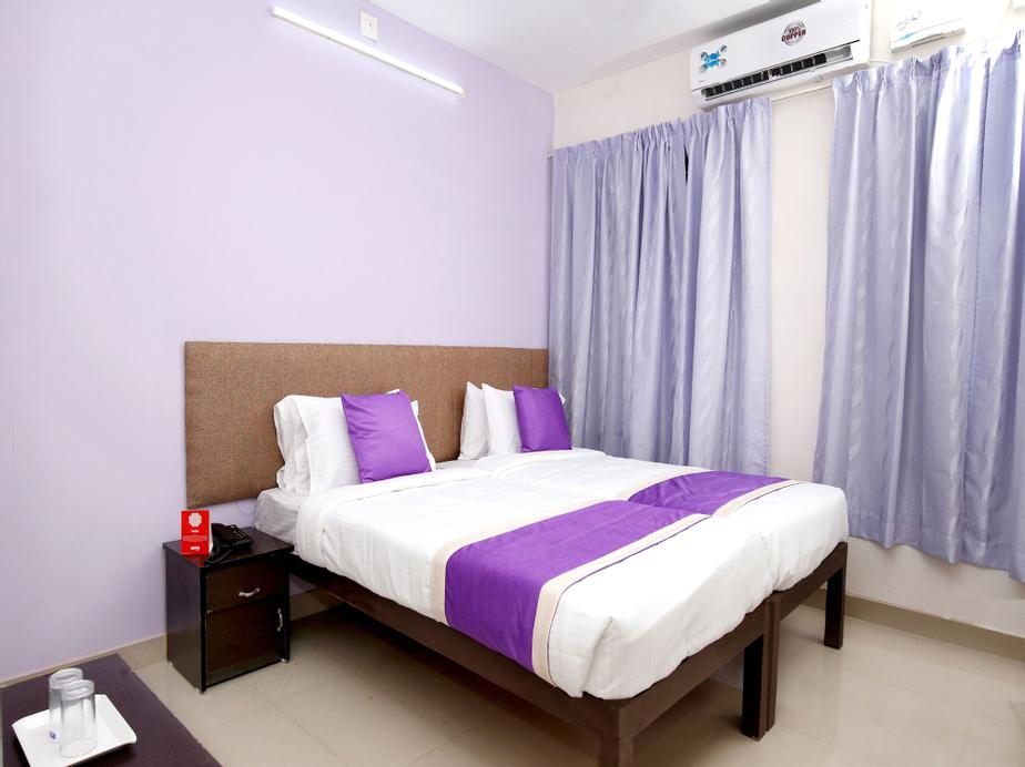OYO 9797 Hotel Vbee Plaza, Thiruvananthapuram
