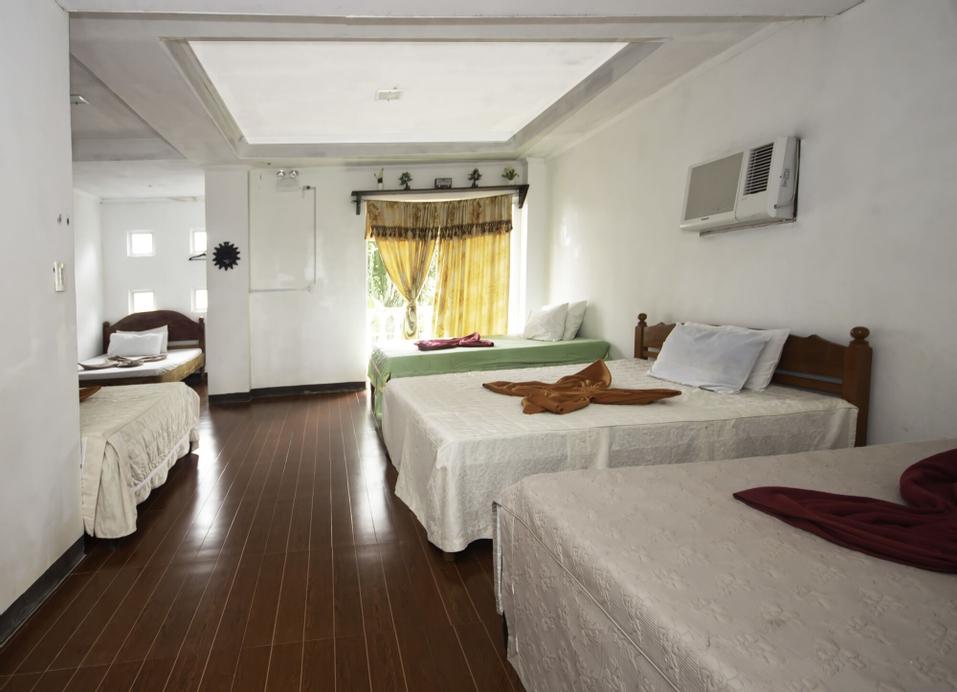 Pagudpud Rinnovati Beach Resort, Pagudpud