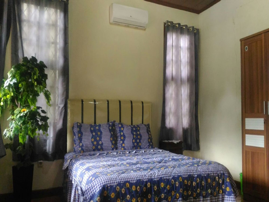 Villa Kota Bunga Blok Q, Cianjur