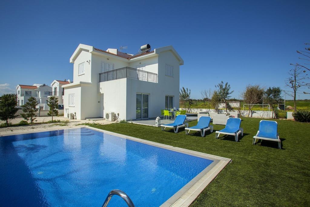 Villa Alona,