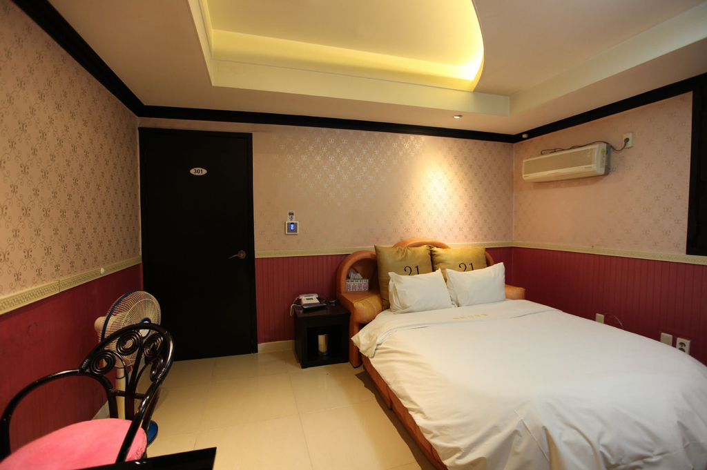 Theme 21 Motel, Iksan