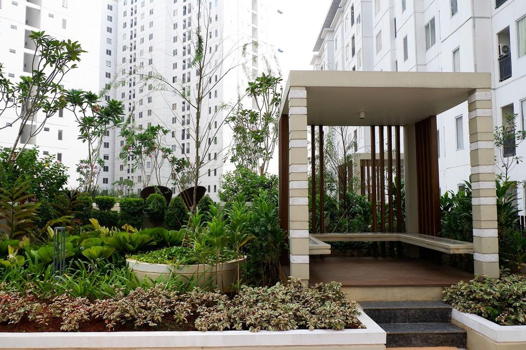 Best Deal Bassura Studio Apartment By Travelio, East Jakarta